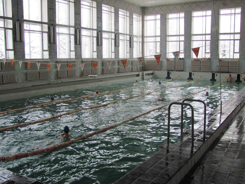 """01 вересня 2015 року в Фізкультурно-оздоровчому комплексі """"Динамо"""" розпочав свою роботу басейн. Запрошуємо всіх бажаючих оздоровитися та відпочити."""