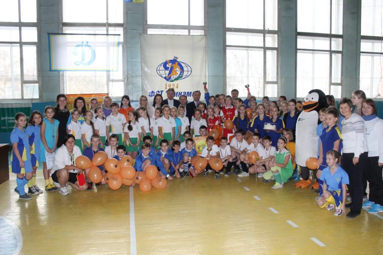 """В ФОК """"Динамо"""" відбувся традиційний турнір з індорхокею """"Сумська осінь-2015"""""""