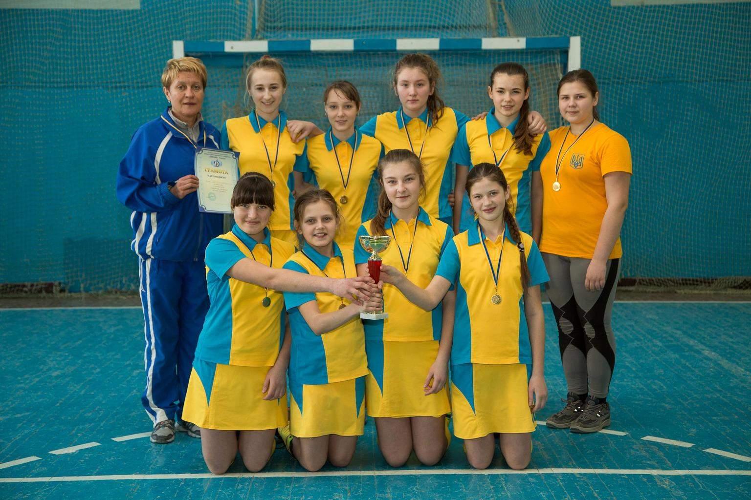 Чемпіонат України з хокею на траві в приміщеннях серед дівчат 2002-2003 р.н. м. Суми